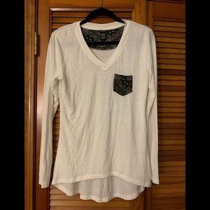 Rue21 White Long Sleeve Shirt w/Detailed Pocket L